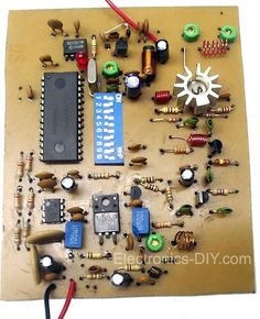 PLL Transmitter with Computer Diy, Computer Projects, Electronic Circuit Projects, Electrical Projects, Electronic Engineering, Diy Electronics, Electronics Projects, Battery Charger Circuit, Hobby Desk