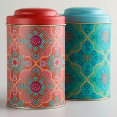Organize and store your bagged or loose-leaf teas in style with our sleek Mosaic Tea Tins, an exclusive set in two colors. The cute tea tins feature airtight lids to preserve the freshness of all your green, black, blended or other favorite teas. The affordable set is a fine display for the kitchen counter.