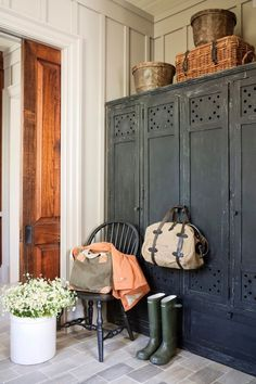 36 The Best Rustic Country Home Decor Ideas. Provincial nation layout is all about furniture which interface back to character and articles. State style can start in the kitchen using a rectangular wa. Interior Exterior, Home Interior, Interior Design Kitchen, Interior Plants, Interior Modern, Interior Design Living Room, Living Room Designs, Living Room Decor, Architecture Design
