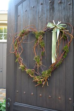 Large Curly Willow & Starfish Valentine Wreath by GreenThumbGarage, $42.00