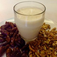 Date and Walnut Smoothie