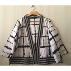 Saya menjual Kimono outer seharga Rp109.000. Dapatkan produk ini hanya di Shopee! https://shopee.co.id/imanggoethnic/439631335 #ShopeeID
