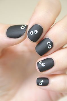 monster-eyes-nails-1