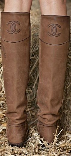 Chanel ♥✤Boots