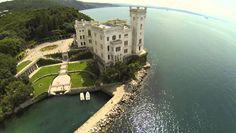 Castello di Miramare - Trieste, Italia - drone aerial video