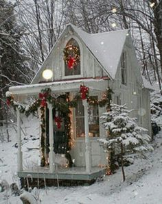Tiny Christmas Cabin Sandra's little cottage in the catskills ... so beautiful!!