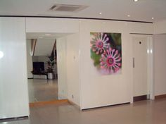 Art consultants, for offices, receptions and lobby areas | Room And Art - Art consultants for Radisson Hotels, Intercontinental, Hilton, Moevenpick.