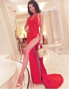 Red Prom Dresses,Haler Prom Dresses,Sexy Prom Dresses,Leg Split Prom Dresses,Backless Prom Dresses,Sleeveless Prom dresses,Fashion Prom Gowns,2017 Prom Dresses,V-Neck Prom Dresses