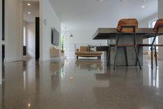 Béton Prestige, the Master of the Art of Polished Concrete. Polished Cement, Polished Concrete Flooring, Best Trade, Heating Systems, The Prestige, Epoxy, Architecture Design, Home Decor, Art