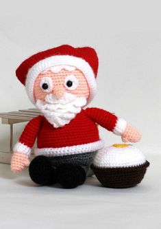 Julemanden Julle - Køb billigt her Drops Design, Diy Crochet, Crochet Toys, Drops Cotton Light, All Things Christmas, Christmas Crafts, Christmas Knitting, Crochet Christmas, May Flowers
