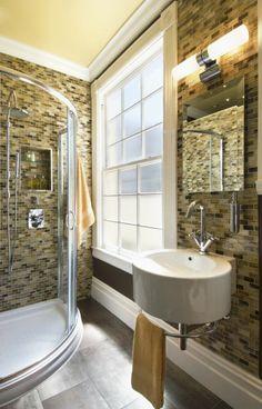 Petite salle de bain, beau look
