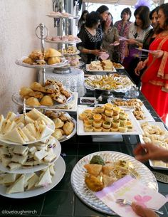 High Tea baby shower dessert buffet Judith LOVED English Tea while we were there! Source Related posts: An Afternoon Tea. Tapas, Catering, Dessert Buffet, Party Buffet, Food Buffet, Breakfast Buffet, Dessert Tables, Buffet Food Ideas Cold, Tea Party Table
