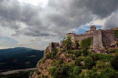 Emilia Misteriosa: Il Castello di Bardi e la leggenda di Moroello e S...