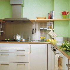 Stainless steel [splashback]  ✽  Cons  • Can be difficult to maintain streak- and mark- free appearance