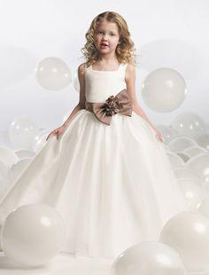Primera comunion on pinterest communion first communion for Wedding dresses fargo nd