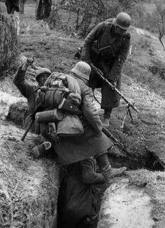 Gedenken Sie die mutigen deutschen Soldaten.