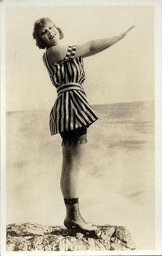 vintage everyday: Mack Sennett Bathing Beauties, ca. Beach Outfits, vintage everyday: Mack Sennett Bathing Beauties, ca. Vintage Pictures, Old Pictures, Vintage Images, Old Photos, Vintage Bathing Suits, Vintage Swimsuits, Vintage Bikini, Bathing Costumes, Beach Casual