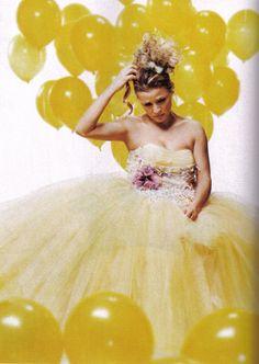 Yellow girl: this screams prom Its A Girl Balloons, Yellow Balloons, Little Miss Sunshine, Hello Sunshine, Mellow Yellow, Yellow Sun, Colour Yellow, Amy Sedaris, Balloons Photography