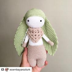 I'm happy to see the Flory that crocheted by @ecembayarozturk 😍😍 Sevgili Ecem hanımın ördüğü Flory'yi görmenin mutluluğunu yaşıyorum😍😍 ellerinize sağlık , harikasınız 🙏🏼❤  ️#Repost @ecembayarozturk (@get_repost)  ・・・  Patternin güzelliği 😍 canım yaprak kulaklı tavşanım  yaaaa  Zeyneparzu çok sevdi 💃🏻 ellerine sağlık @bebeklikedi ❤️ örmek isteyenler Gülşen Hanımla iletişime geçebilir    Pattern👉🏽 @bebeklikedi  Gözler 👉🏽 @nevinsdesigns  İp 👉🏽 @nakoiplikleri pırlanta…