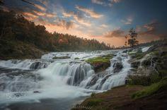 Pykara Falls - null
