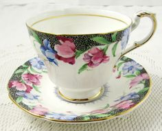Paragon Tea Cup and Saucer with Sweet Pea Flowers, Sweet Pea Pattern, Vintage Tea Cup, Fine Bone China
