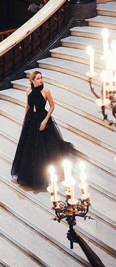 Almsot a fairytale, but a little more dramati. (and glam ; Enchanted Evening, Black Tie Affair, Glamour, Couture Fashion, Gowns, Formal Dresses, Celebrities, Beauty, Beautiful
