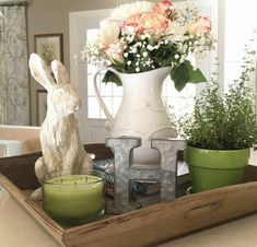Spring Rabbit and Monogram Fresh Flowers - Greens and Whites and Pinks easter decorating Spring Decor Inspiration from Pinspiration Seasonal Decor, Holiday Decor, Diy Ostern, Spring Home Decor, Hoppy Easter, Easter Bunny, Decorating Coffee Tables, Coffee Table Tray Decor, Coffee Decorations
