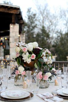 Romantic wedding centerpieces /  Eureka Photography