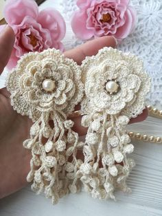 Could be a nice corsage with soft scarf – Artofit Crochet flower PATTERN for weddings. Crochet Flower Ornament by Apr With trailing pearls Excited to share the latest addition to my Crochet Puff Flower, Crochet Flower Tutorial, Crochet Flower Patterns, Love Crochet, Irish Crochet, Crochet Designs, Crochet Flowers, Fabric Flowers, Knitting Patterns