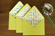 Make: Lined Envelopes | With Guest Lisa Fyfe of Little Monster |var ultimaFecha = 'Wednesday, July 18, 2012'