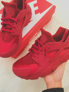 Shop Huarache Run GS 'Triple Red' - Nike on GOAT. We guarantee authenticity on every sneaker purchase or your money back. Jordan Shoes Girls, Girls Shoes, Ladies Shoes, Red Sneakers, Sneakers Fashion, Nike Sneakers, Lit Shoes, Women's Shoes, Turf Shoes