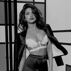 Best Priyanka Chopra Bikini Photos In If you are looking priyanka chopra bikini pics then please visit this site. Priyanka Chopra Bikini Photos available here Priyanka Chopra Sexy, Shraddha Kapoor, Ranbir Kapoor, Deepika Padukone, 50 Most Beautiful Women, Lingerie Vintage, Hot Girls, Bikini Modells, Look Girl