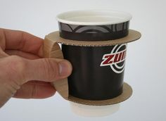 Packaging of the World: Creative Package Design Archive and Gallery: Paper Cup Holder (Concept) Paper Cup Design, Coffee Cup Sleeves, Gravure Laser, Coffee Holder, Coffee Cup Design, Creative Coffee, Coffee Packaging, Takeaway Packaging, Food Packaging Design