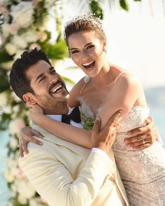 """Burak Ozcivit and Fahriye Evcen got married in Sait Halim Pasha Mansion, Istanbul on June photo makes me so happy.If you ever watch """"Lovebird"""" you will know why.two sweeties in love. Perfect Wedding, Dream Wedding, Wedding Ideias, Actrices Hollywood, Beautiful Couple, Beautiful Moments, Wedding Makeup, Cute Couples, Istanbul"""