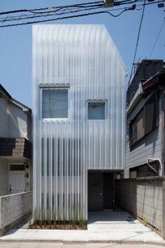 "House in Kikuicho ""a Double Skin house"""