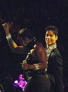 Expression on Prince face - priceless!