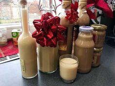 Domácí vaječný koňak, Baileys a proteinový likér Food Inspiration, Glass Of Milk, Brownies, Lunch, Snacks, Table Decorations, Dinner, Drinks, Cooking