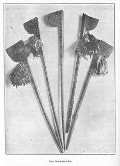 Nga tewhatewha Maori Tribe, Polynesian People, Love Stick, Maori Designs, Maori Art, Arm Armor, Sculpture Ideas, Indigenous Art, Walking Sticks