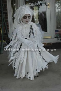 Cool take on a Ghost costume. Much better than 2 holes cut into a sheet. This also has glow-in-the dark paint on it. Ghost Costume Kids, Ghost Costumes, Halloween Costumes For Kids, Halloween Crafts, Teen Costumes, Woman Costumes, Mermaid Costumes, Couple Costumes, Pirate Costumes