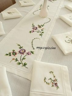 Tableware, Needlepoint, Table Runners, Flowers, Hands, Embroidery, Dinnerware, Tablewares, Dishes