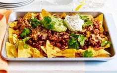 Tray baked nachos and more Low FODMAP recipes Tray Bake Recipes, Snack Recipes, Healthy Recipes, Dinner Recipes, Yummy Recipes, Fodmap Recipes, Beef Recipes, Cooking Recipes, Fodmap Foods