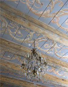 ~Stunning painted wooden ceiling.