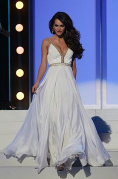 Os vestidos de festa do Miss Universo 2011