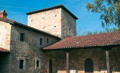 Torre de Abajo, en el barrio Las Cuevas de Roiz.