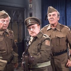 dads army 1974 a stripe for Frazer checked to this point Comedy Tv Series, Comedy Actors, British Sitcoms, British Comedy, John Le Mesurier, Uk Tv Shows, Dad's Army, Home Guard, Boys Are Stupid