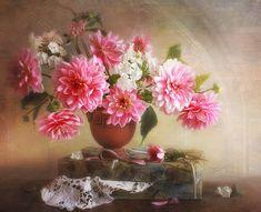 Risultati immagini per hd flowers in vase Art Floral, Flower Images, Flower Art, Still Life Photography, Art Photography, Hd Flowers, Still Life Fruit, Ribbon Art, Italian Artist