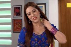 Indian Tv Actress, Indian Actresses, Ileana D'cruz Hot, Tv Actors, Plunge Bra, Kareena Kapoor, Alia Bhatt, Dimples, Actress Photos