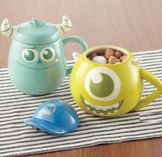 Disney Monsters University lidded mugs Mike from Japan New Mike And Sully, Disney Coffee Mugs, Disney Cups, Disney Monsters, Cute Cups, Disney Home, My Cup Of Tea, Disney Inspired, Mug Cup