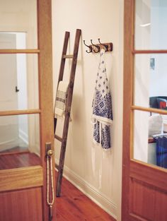 Ladder for Nick's rug/throw gift?    Julia Hohne's New Orleans Home Tour | The Everygirl