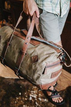Dakota Vintage Travel Duffle Bag - plus size mens clothing, short mens clothing, large mens clothing Mens Travel Bag, Duffle Bag Travel, Backpack Bags, Travel Bags, Weekender, Leather Laptop Bag, Leather Briefcase, Canvas Duffle Bag, Duffle Bags